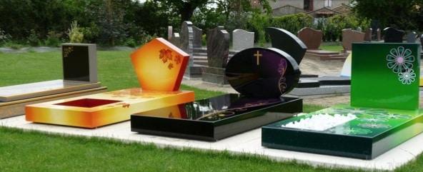en sa m moire fun ral concept r invente la pierre tombale en sa m moire entretien monument. Black Bedroom Furniture Sets. Home Design Ideas